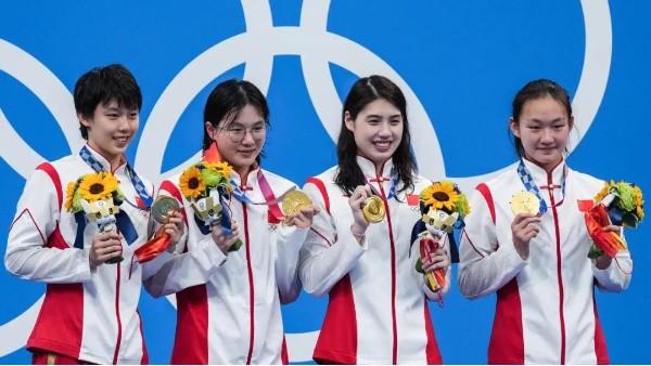 注塑模具厂为中国奥运会运动员加油