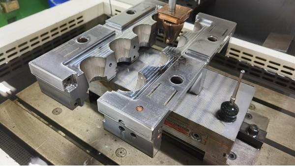 塑胶注塑模具加工生产流程