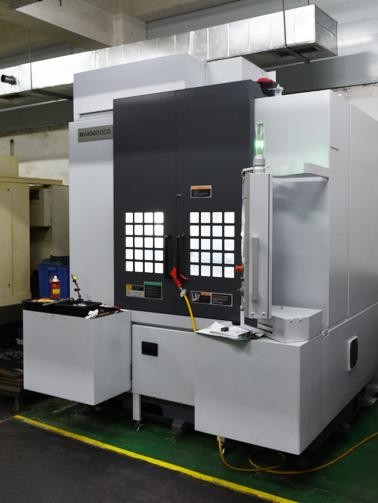 世邦塑胶-CNC冲压机